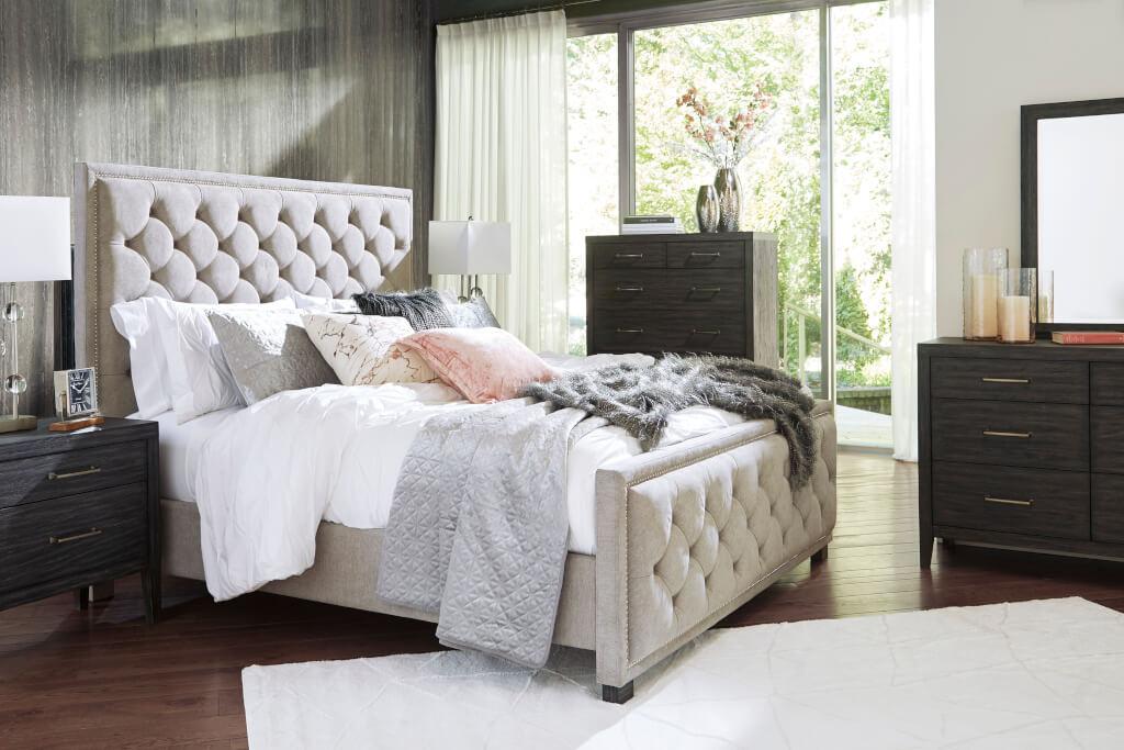 極上の眠りを。海外のようなお洒落なベッドルームにするために絶対に必要なもの。
